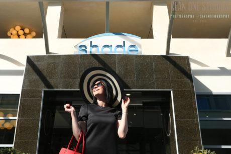 woman in sun hat | shade hotel renando beach | los angeles wedding photographer